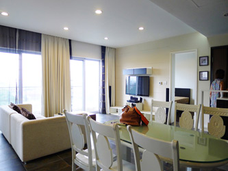 3 bedroom furnished apartment at E tower Golden West Lake Hanoi