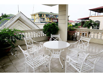 Modern, 4 bedrooms house for rent at Buoi street, Ba Dinh district, Hanoi