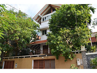 Modern freestanding 4 BR villa with swimming pool, Yard, in Tay Ho