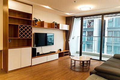 110sqm apartment with 3 bedrooms at Vinhomes Metropolis, fully furnished