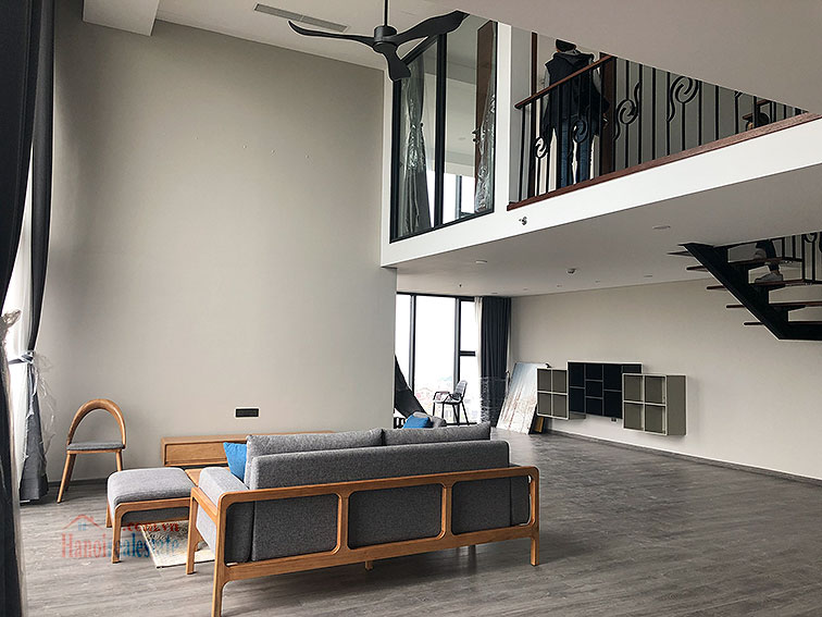 Awesome brand new 02BRs duplex apartment at PentStudio, great view 1