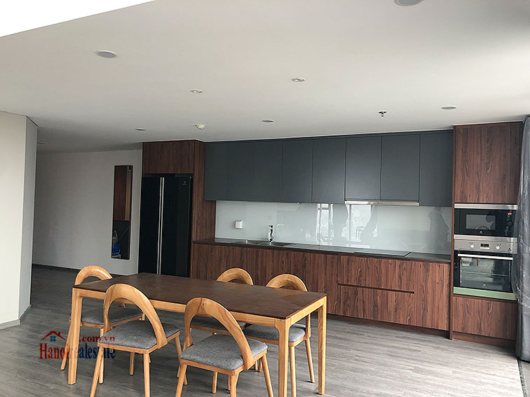 Awesome brand new 02BRs duplex apartment at PentStudio, great view 4