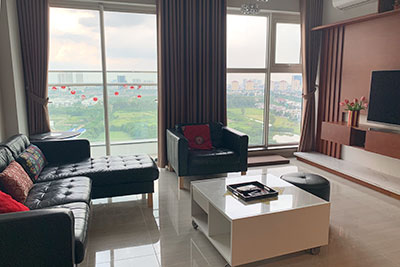 Beautiful opened Golf course view 03BRs apartment on high floor L4 Ciputra