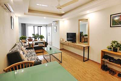 Beautiful Studio Apartment with balcony in Tay Ho to rent