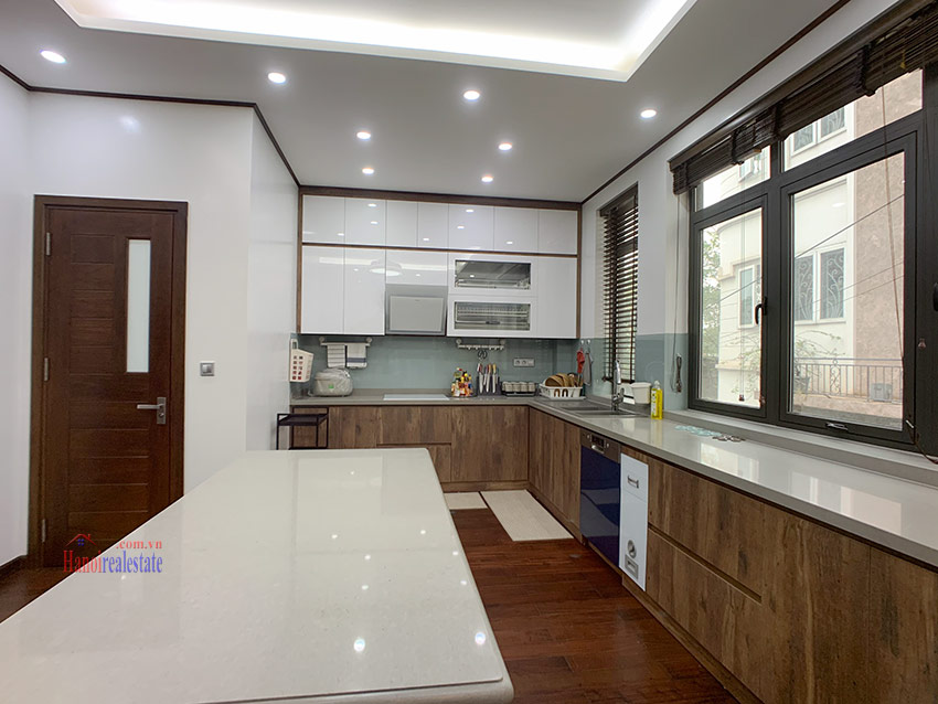 Brand new Classy and trendy 06BRs city house in Vuon Dao Tay Ho District 9