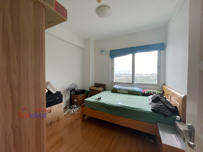 Bright and cozy, wooden floor 04BRs apartment with open view at E1 Ciputra 8