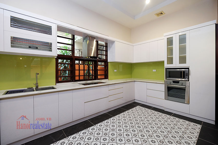 Charming Villa with large garden & outdoor pool on To Ngoc Ngoc Van to rent 11