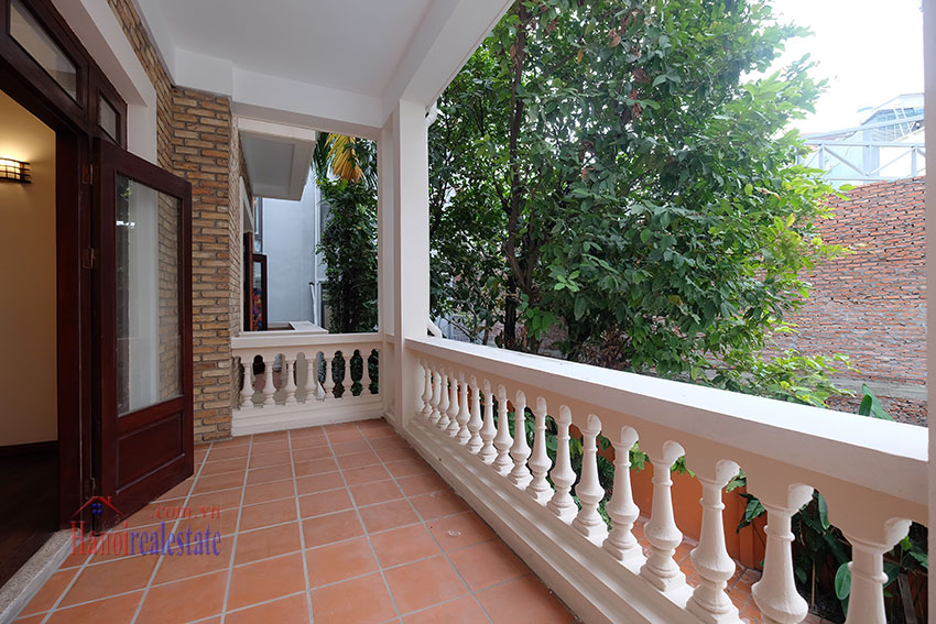 Charming Villa with large garden & outdoor pool on To Ngoc Ngoc Van to rent 15