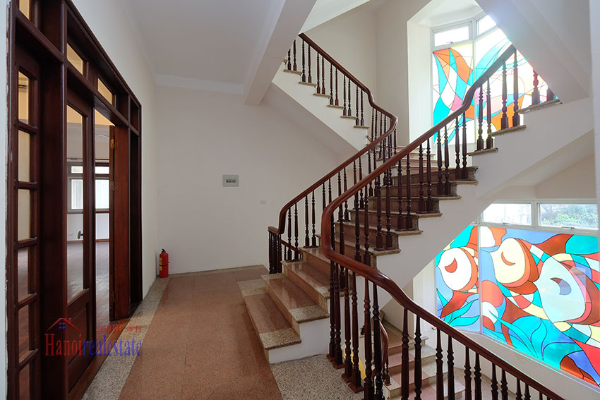 Charming Villa with large garden & outdoor pool on To Ngoc Ngoc Van to rent 21