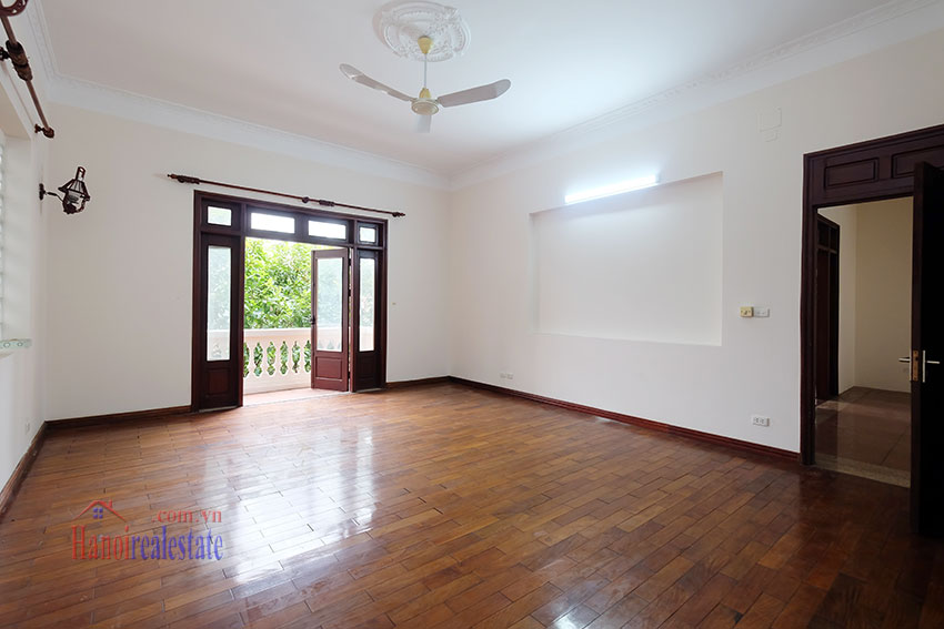 Charming Villa with large garden & outdoor pool on To Ngoc Ngoc Van to rent 24