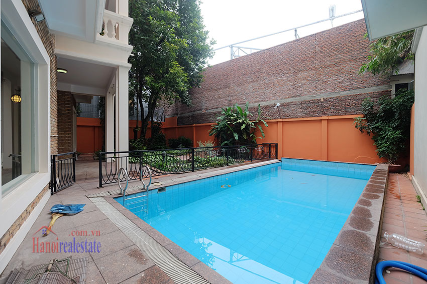 Charming Villa with large garden & outdoor pool on To Ngoc Ngoc Van to rent 4