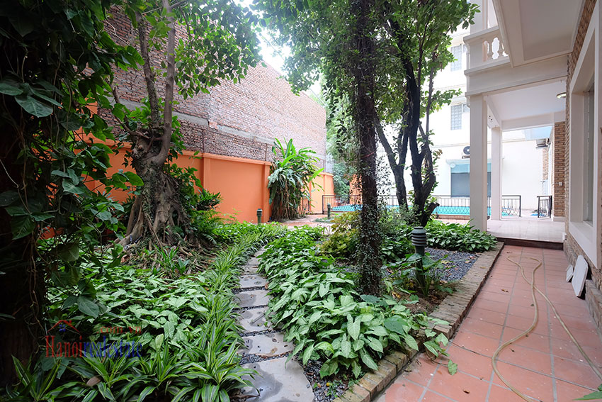 Charming Villa with large garden & outdoor pool on To Ngoc Ngoc Van to rent 6