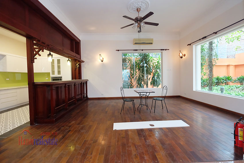 Charming Villa with large garden & outdoor pool on To Ngoc Ngoc Van to rent 9