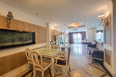 Ciputra: Country style 03BRs apartment on high floor of P2