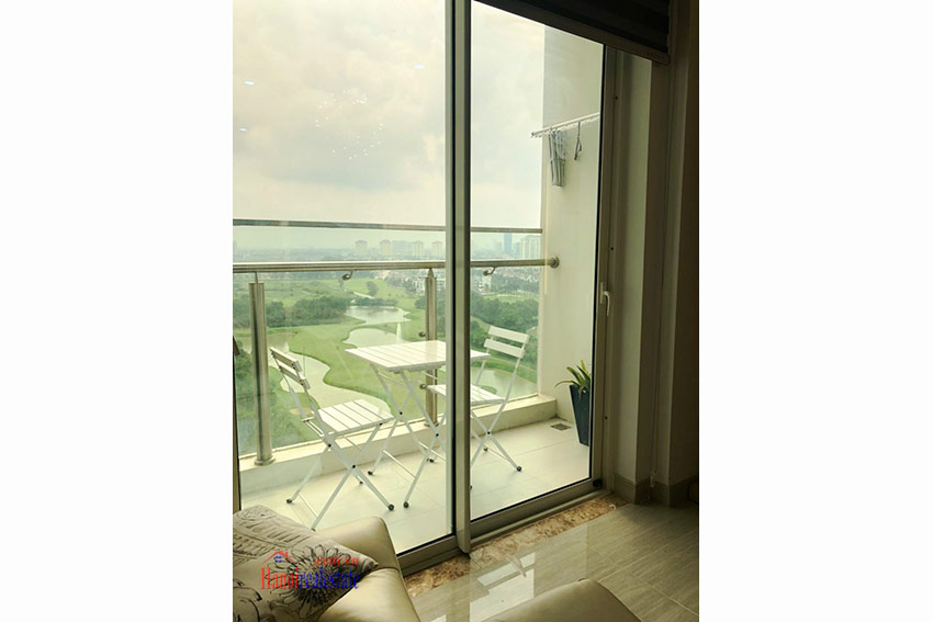 Ciputra: Golf course view 02BRs apartment at L3 11