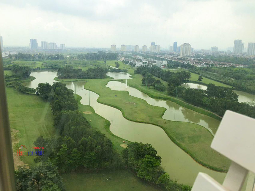 Ciputra: Golf course view 02BRs apartment at L3 12