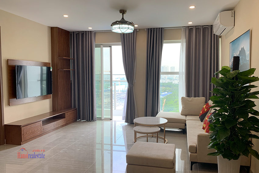 Ciputra: Golf course view 03BRs apartment in the brand new L4 4