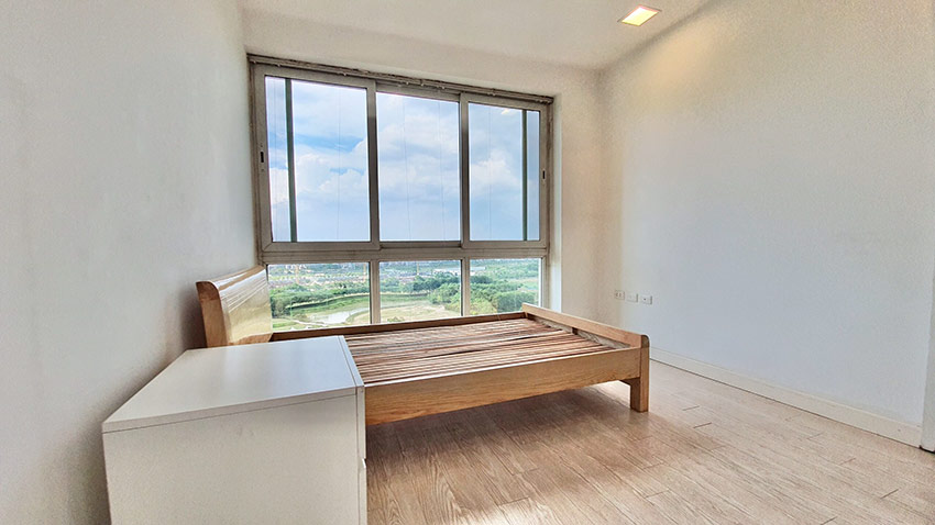 Ciputra: Golf course view 04BRs apartment on high floor of P2 14