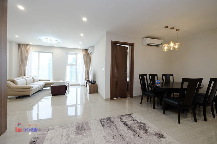 Ciputra: Stunning Golf course view 03BRs apartment on high floor of L3 Tower 4