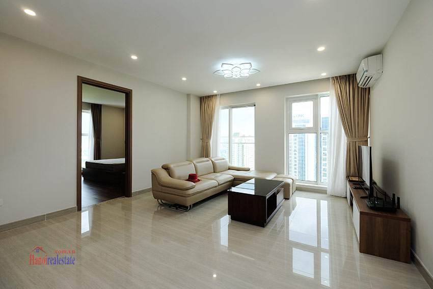 Ciputra: Stunning Golf course view 03BRs apartment on high floor of L3 Tower 5