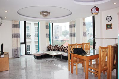 High floor apartment to rent in Truc Bach, Ba Dinh, Hanoi
