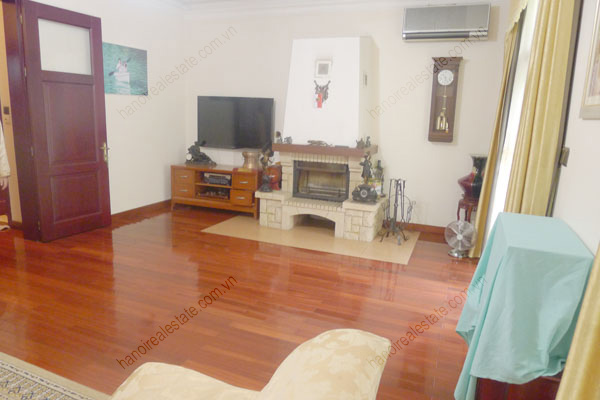 Large  garage, beautiful house for rent in Ba Dinh, Hanoi 10