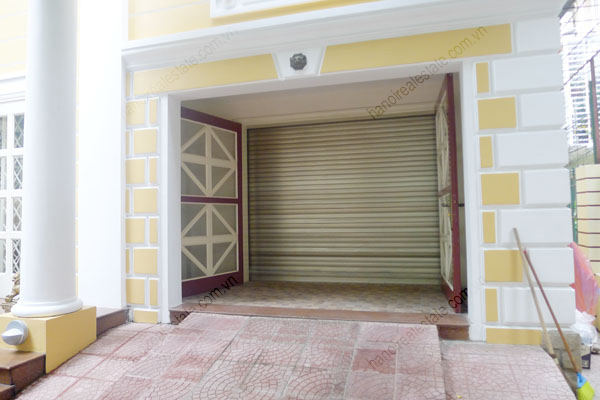 Large  garage, beautiful house for rent in Ba Dinh, Hanoi 3