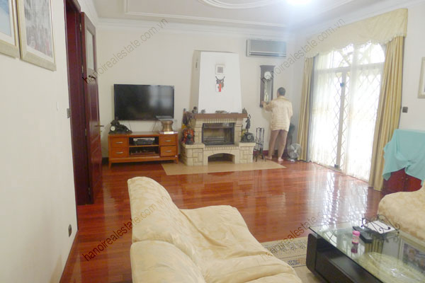 Large  garage, beautiful house for rent in Ba Dinh, Hanoi 9