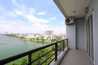 Modern 01BRs apartment on Xuan Dieu, reasonable price, straight Westlake view