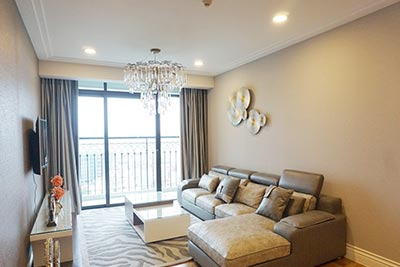 Modern 2-bedroom apartment in Hoang Thanh Tower to rent