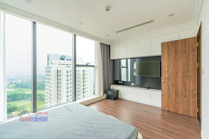 New stylish 03 bedroom apartment in Sunshine City for rent 8