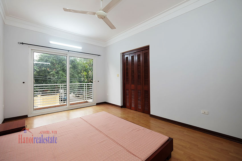 Partly furnished 4-bedroom house on Dang Thai Mai to rent 13