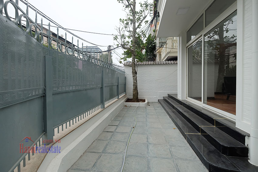 Partly furnished 4-bedroom house on Dang Thai Mai to rent 5