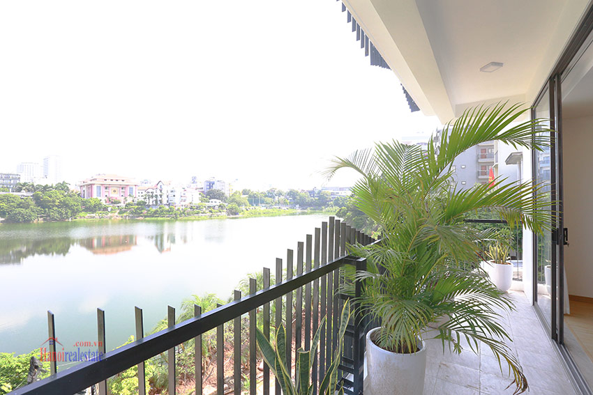 Peaceful 03BRs apartment with a romantic lake view on Au Co, newly renovated 8