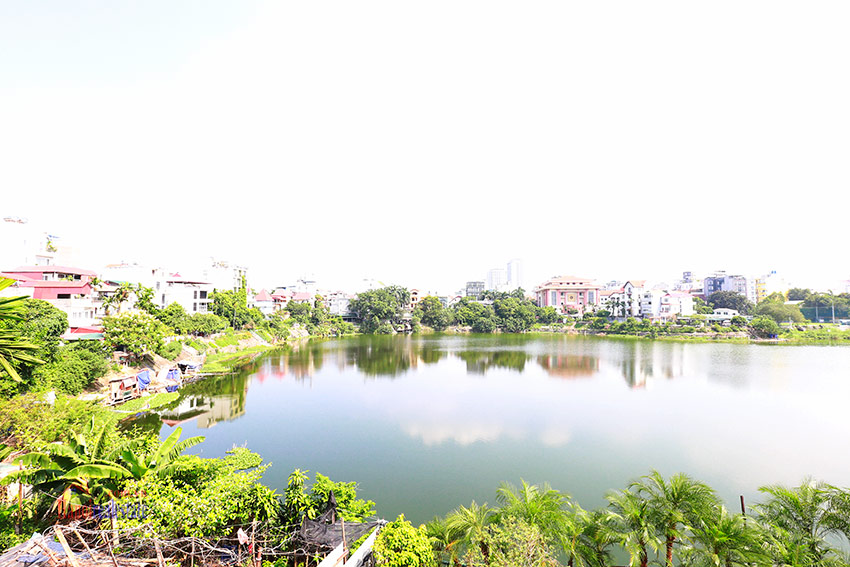 Peaceful 03BRs apartment with a romantic lake view on Au Co, newly renovated 9