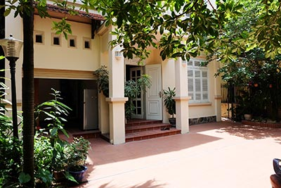 Charming 4-bedroom house in a peaceful compound in Tay Ho-WestLake