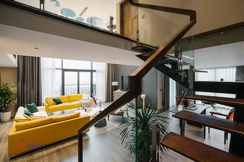 PentStudio: High-end Red River view modern 02BRs duplex 25