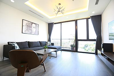 Reasonable and luxury design 3 bed apartment on Trinh Cong Son Road