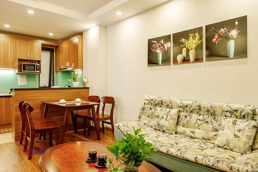 Reasonable price, Unrestricted Westlake view Balcony Apt in Yen Phu Street 3