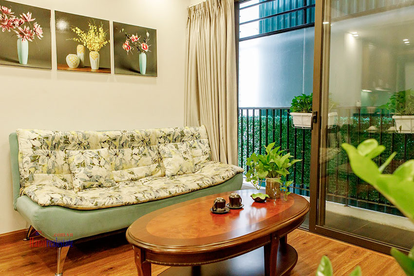 Reasonable price, Unrestricted Westlake view Balcony Apt in Yen Phu Street 5