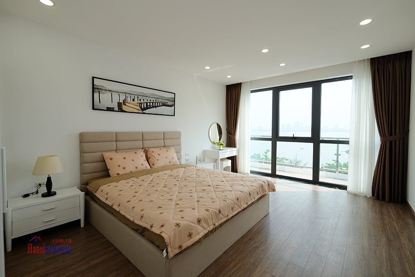 Romantic Westlake view 03BRs apartment on Xuan Dieu, nice balcony 8