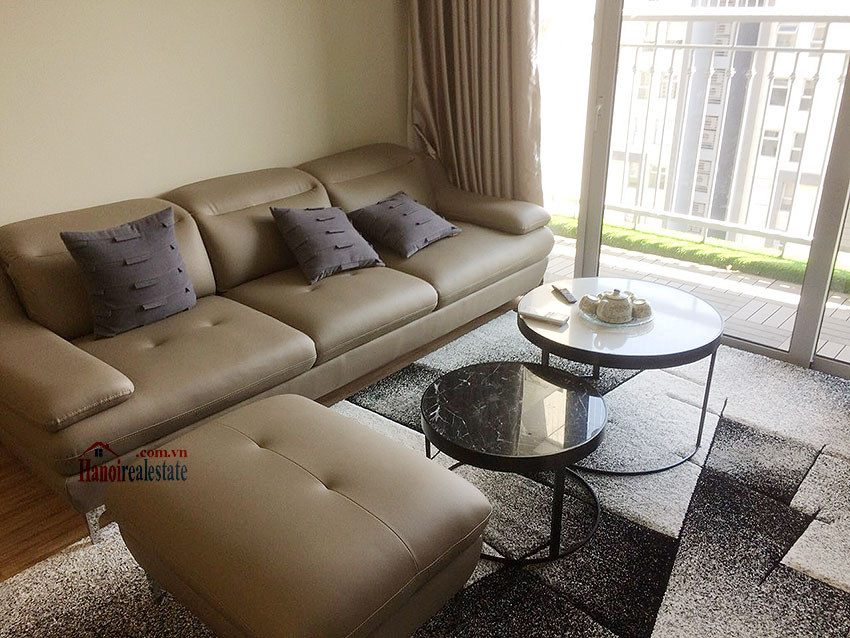 Vinhomes Gardenia: High end 03BRs apartment at A3, swimming pool view 1