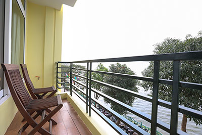 Water view apartment at Tu Hoa Street - Tay Ho, very quiet and safe
